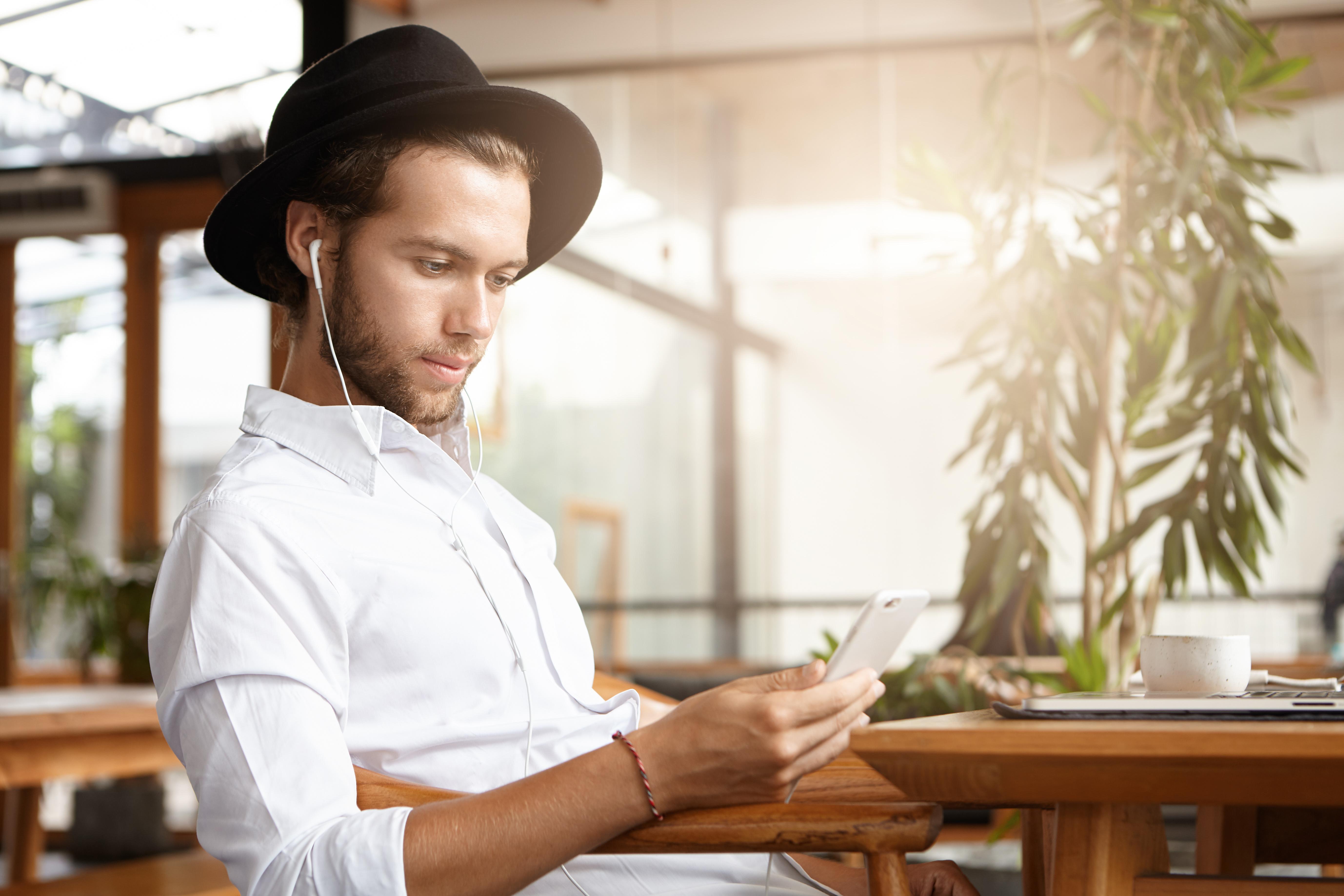 Luis Kimyon Paartherapie Psychotherapie Beziehungscoaching Stuttgart Videosprechstunden Telefon